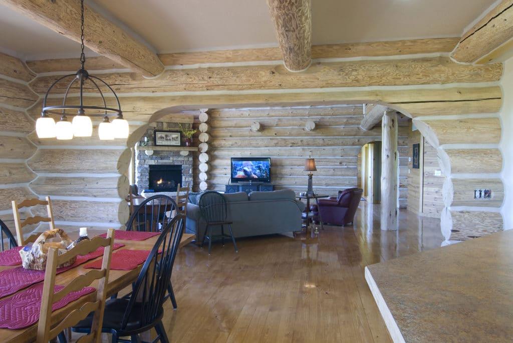 Dining room into livingn room